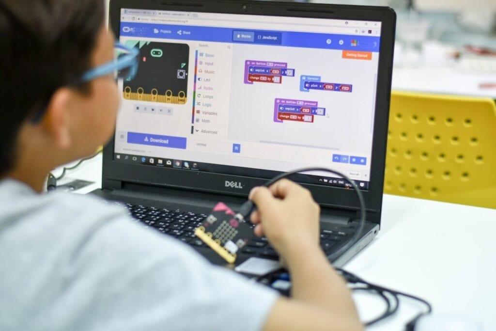 beneficios da programação para crianças